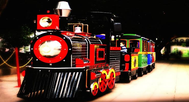 Trenes Eléctricos Expresso Mágico. Venta de  Trenes eléctricos Infantiles para paseo de niños en Centros Comerciales, plazas comerciales y parques infantiles EN MEXICO, COLOMBIA Y CHILE